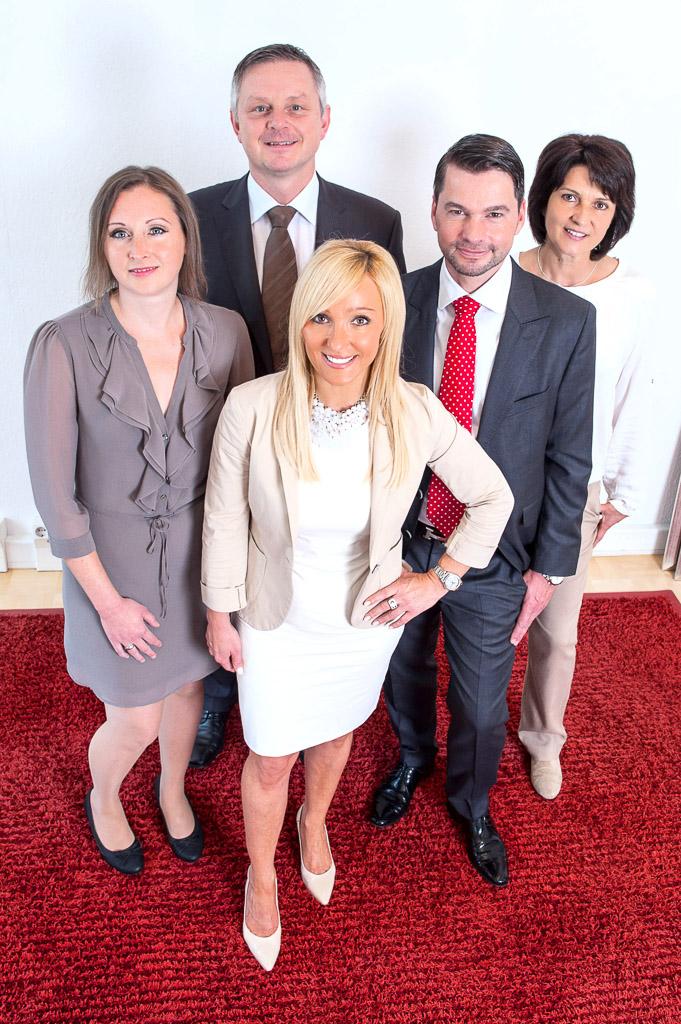 Das Team der Kanzlei OESTA